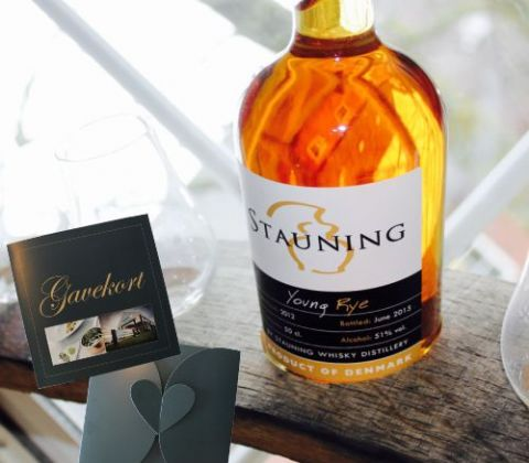 Gavebevis Stauning Whisky ophold for 2